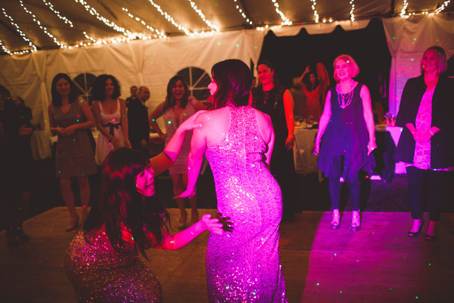 VandR-wedding-640.jpg