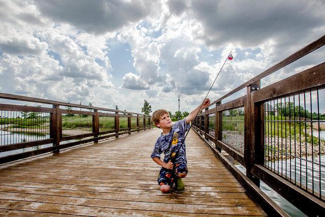 hnws_adv_Fishing1_.JPG