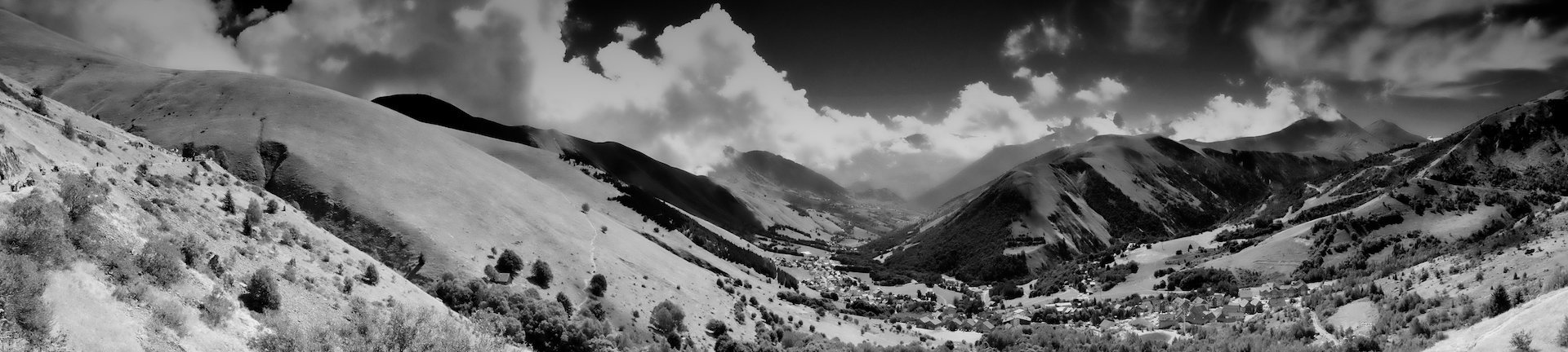 pano vallée de l'Arves.jpg