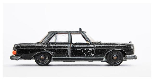 taxi_s.jpg