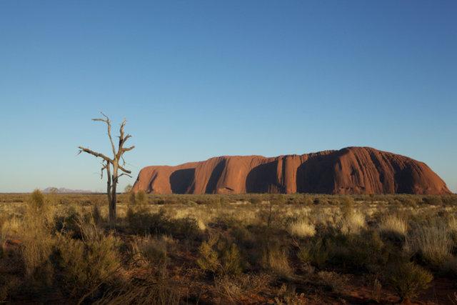 Uluru serie, 06