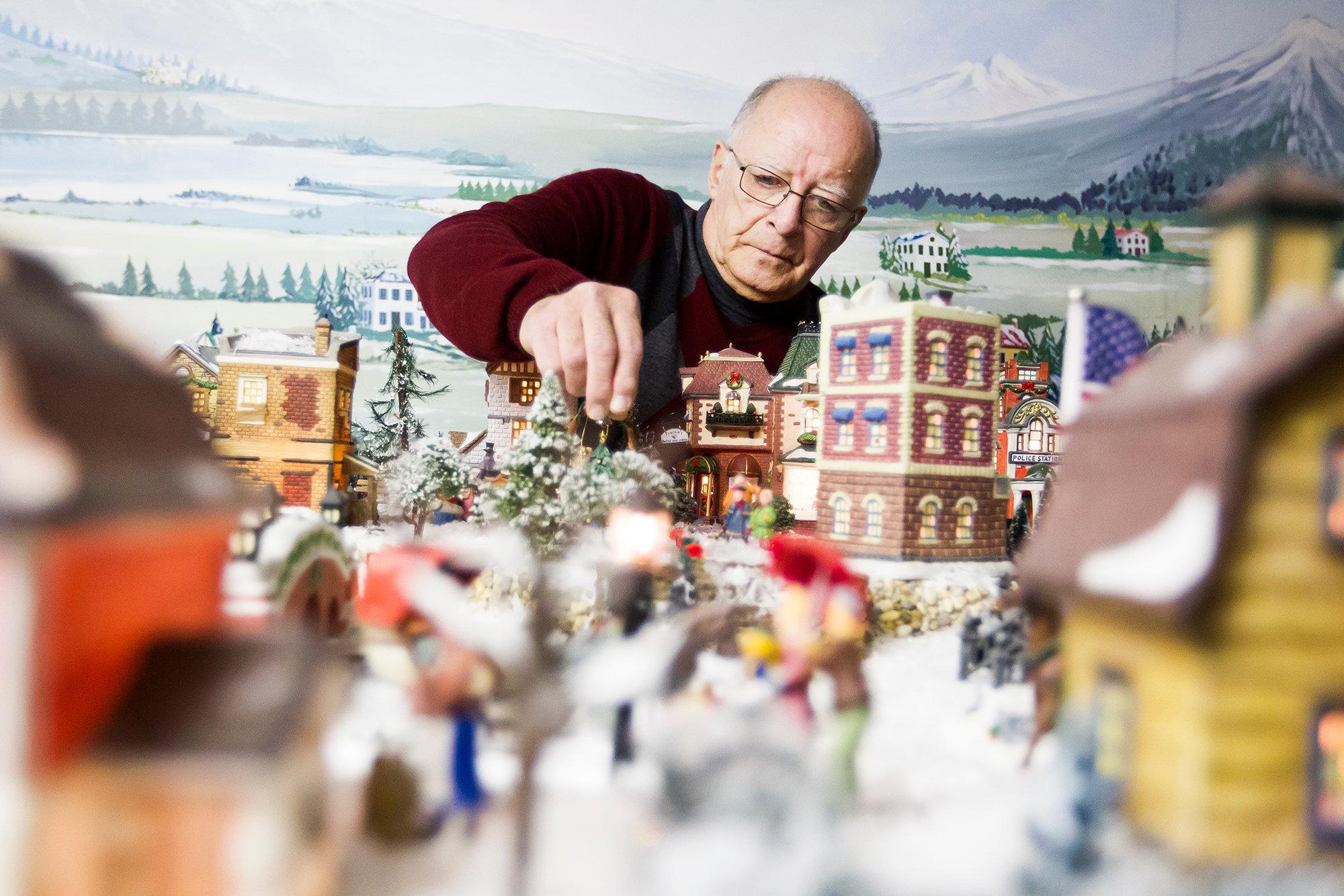 hstyle_adv_Christmas_Village_01.JPG
