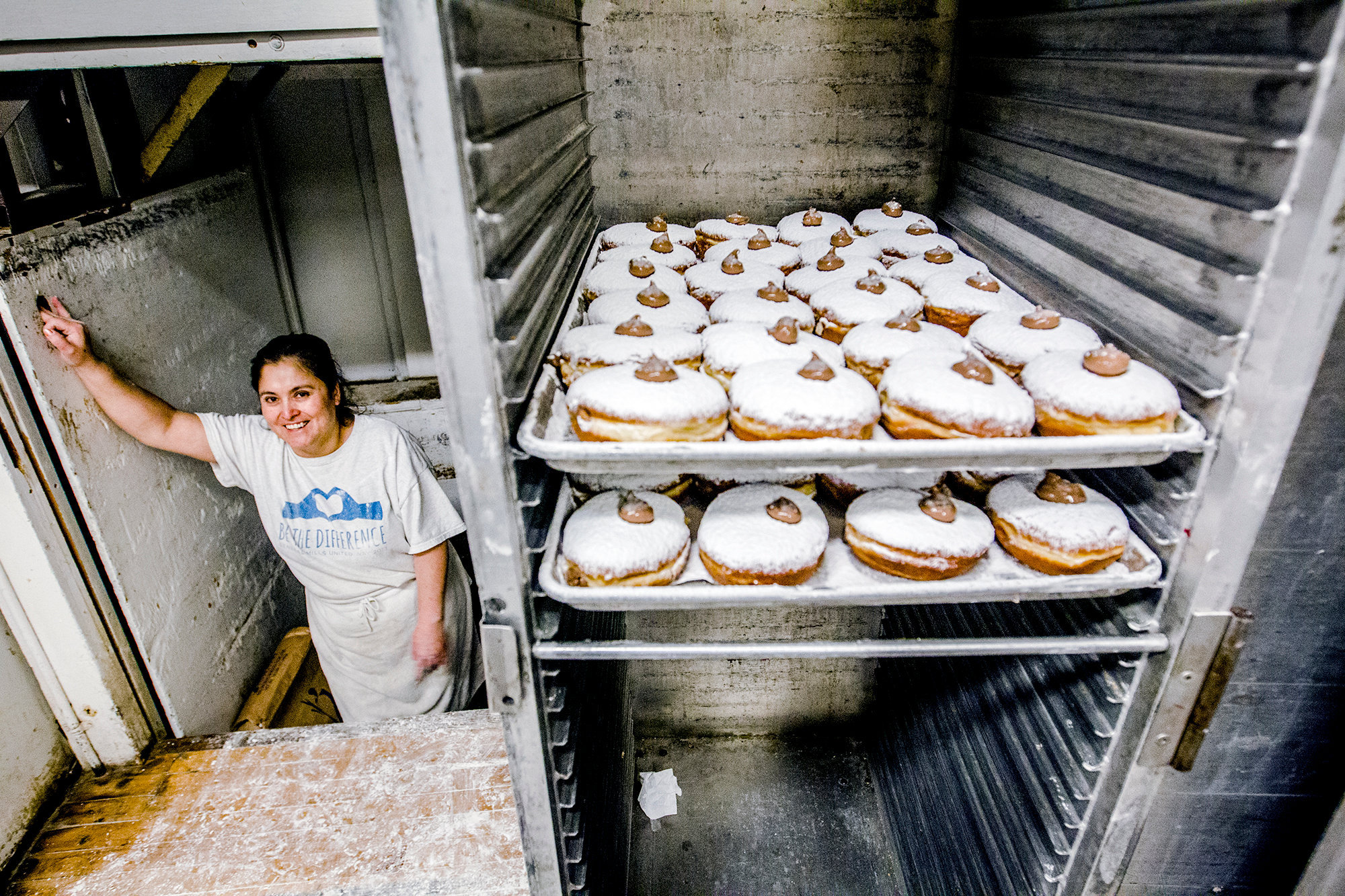 hnews_wed0210_paczkis7.jpg