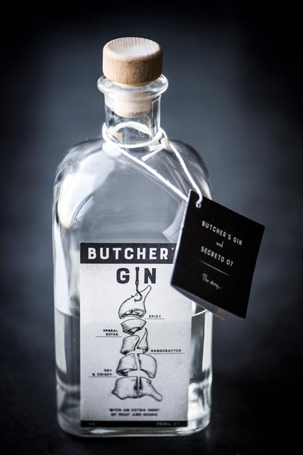 BUTCHERS GIN - ontwerp etiket + boekje