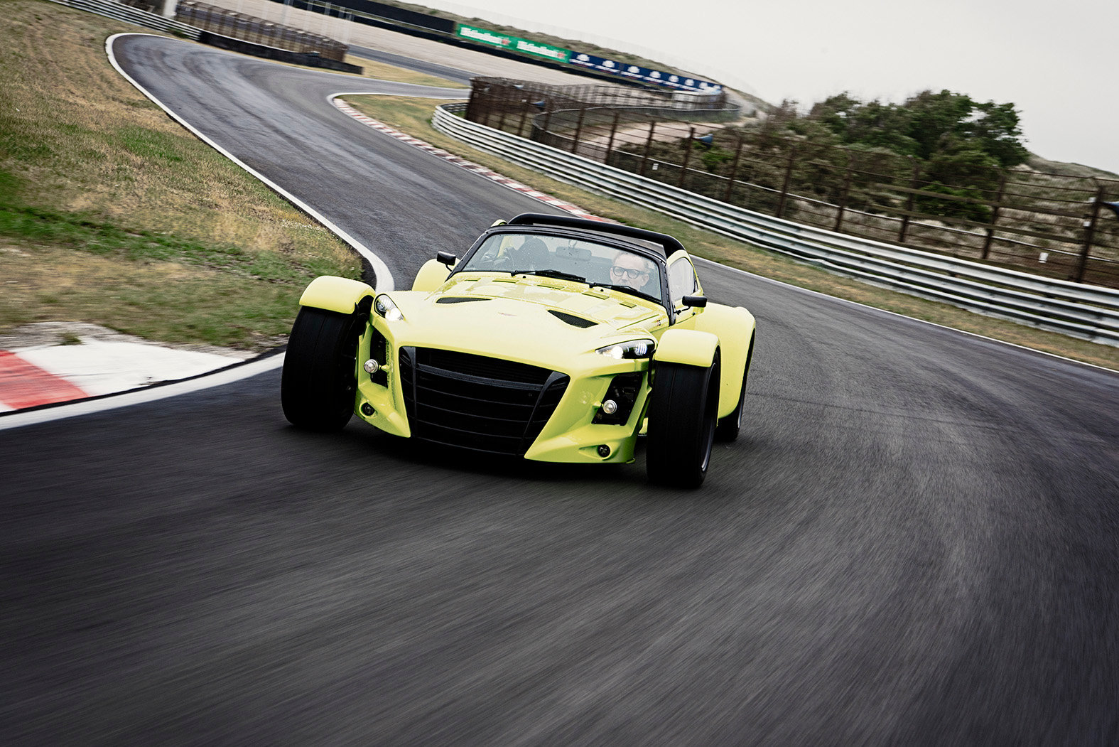 DONKERVOORT GTO RS with Berhard v O.