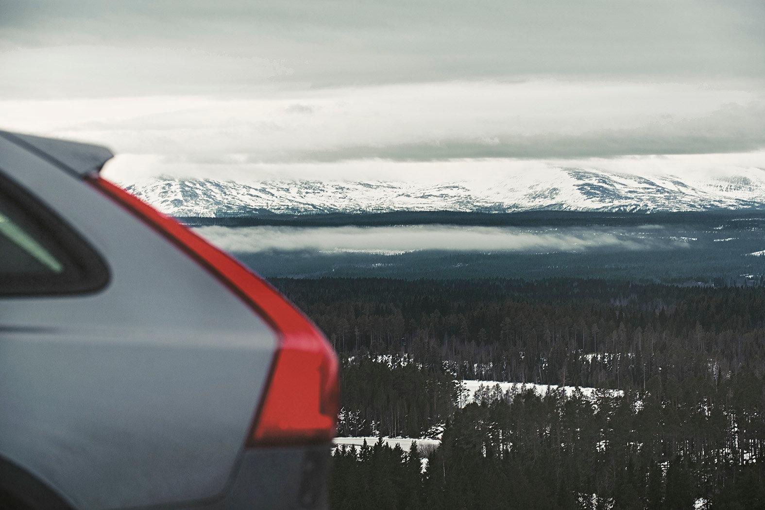 Volvo V90 Cross Country Sweden