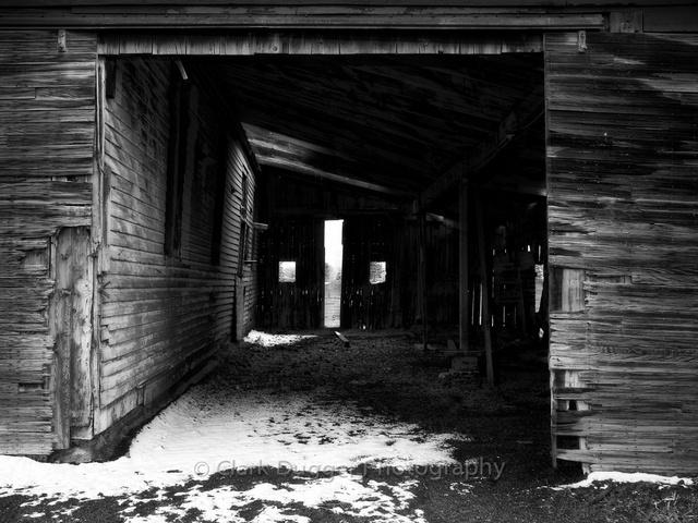 Boulder Barn # 1 (B&W).jpg