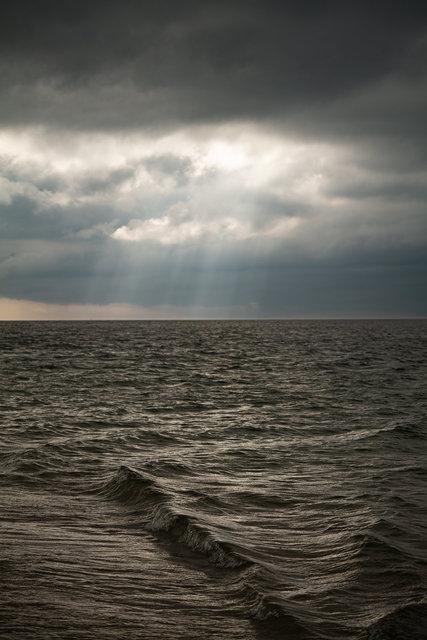 201002-1406_SeaHorizon-015.jpg