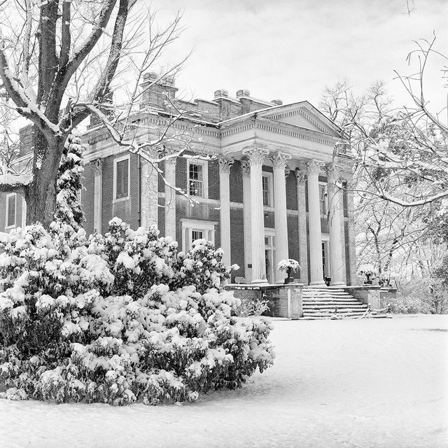 Ward Hall, Georgetown, KY