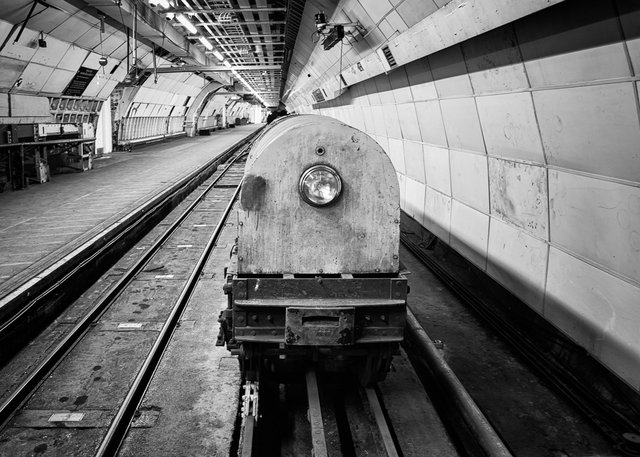 Mail Rail XVII