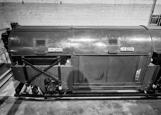 Mail Rail V