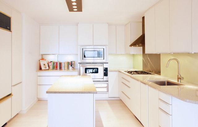 beacon kitchen w1.jpg