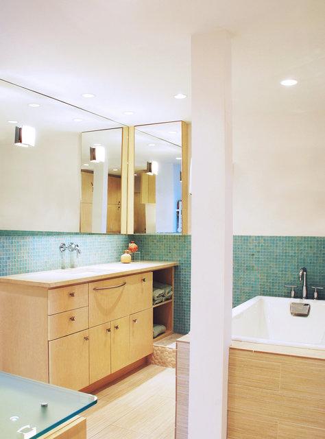 0008_beacon-bathroom-new.jpg