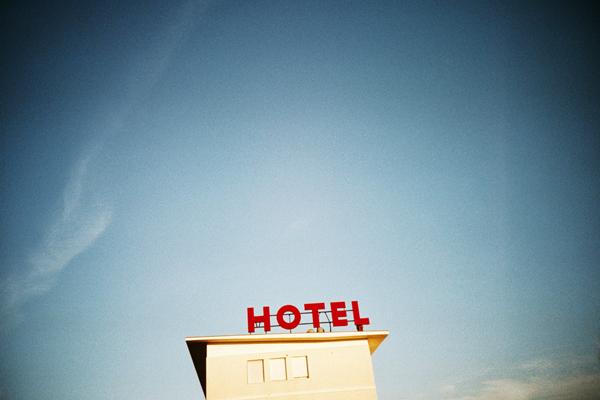 hotel-wb.jpg