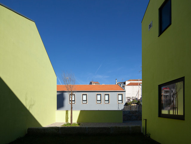 Bonjardim Social Housing | Oporto, Portugal |