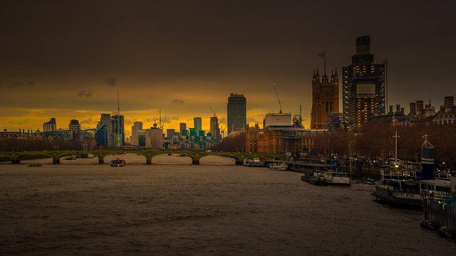 London Thames-1.jpg