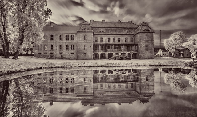 Siemczyno Palace