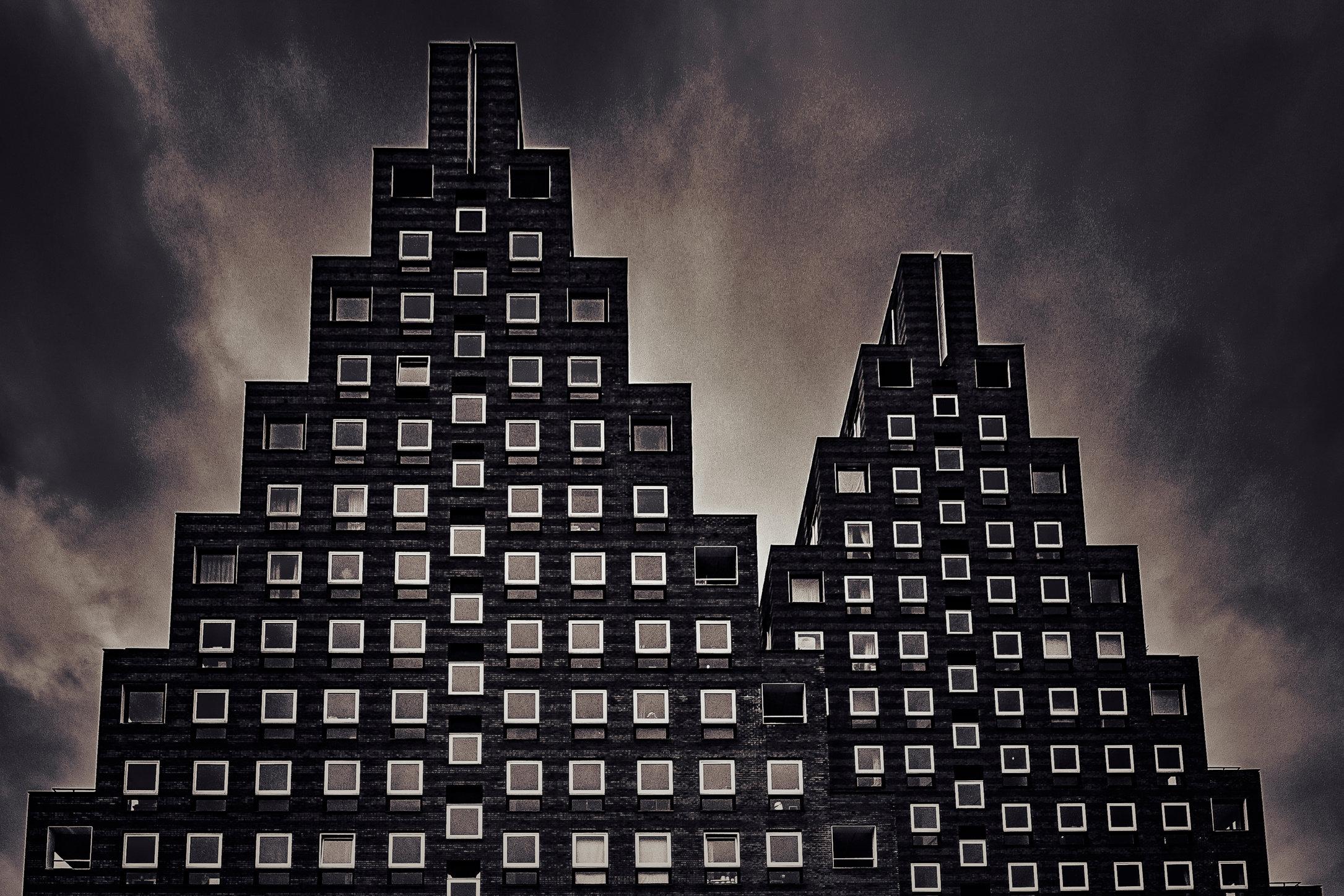 Piramids retro-MASTER COPY.jpg