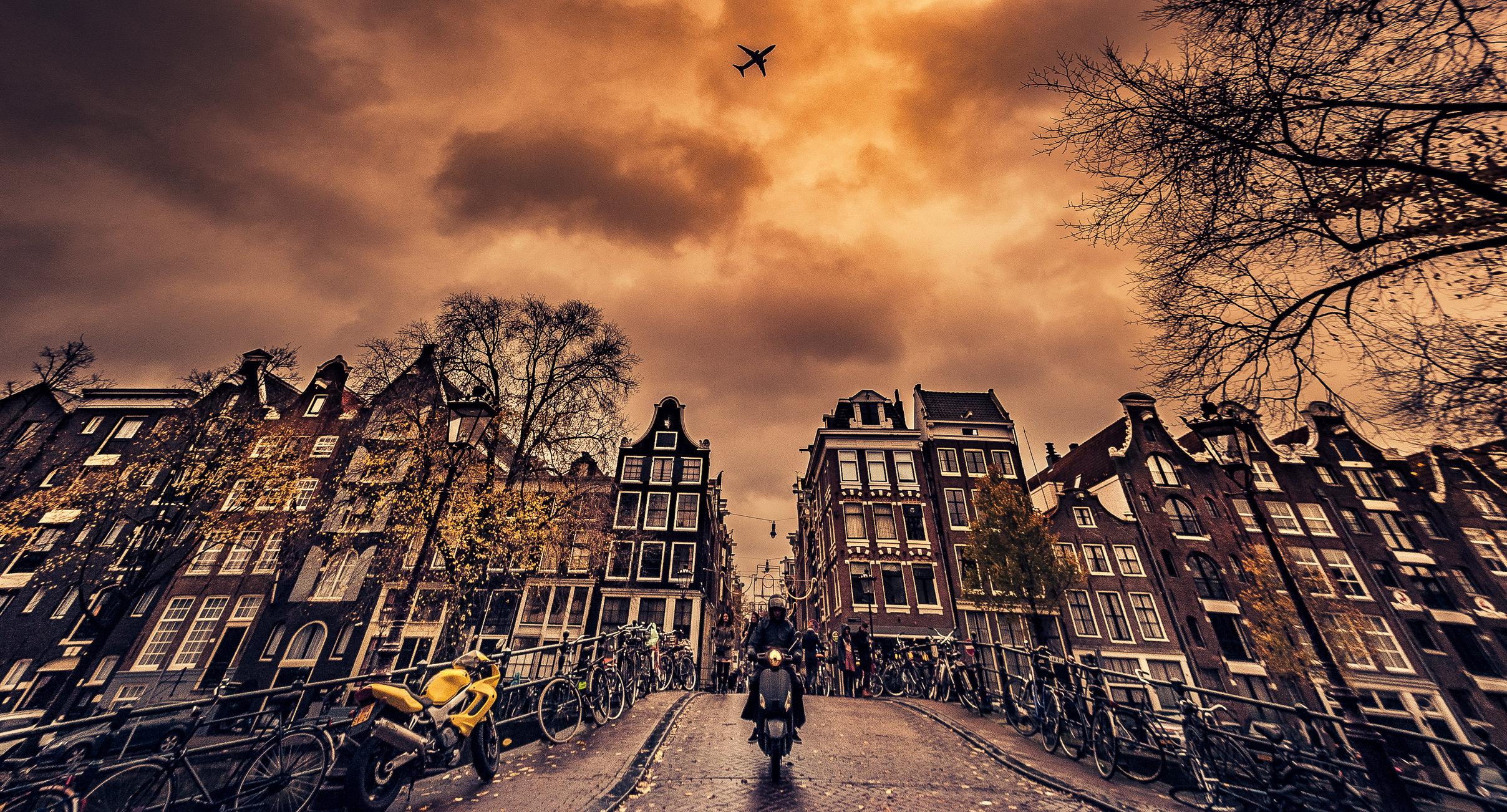Amsterdam Streeet-MASTER COPY.jpg
