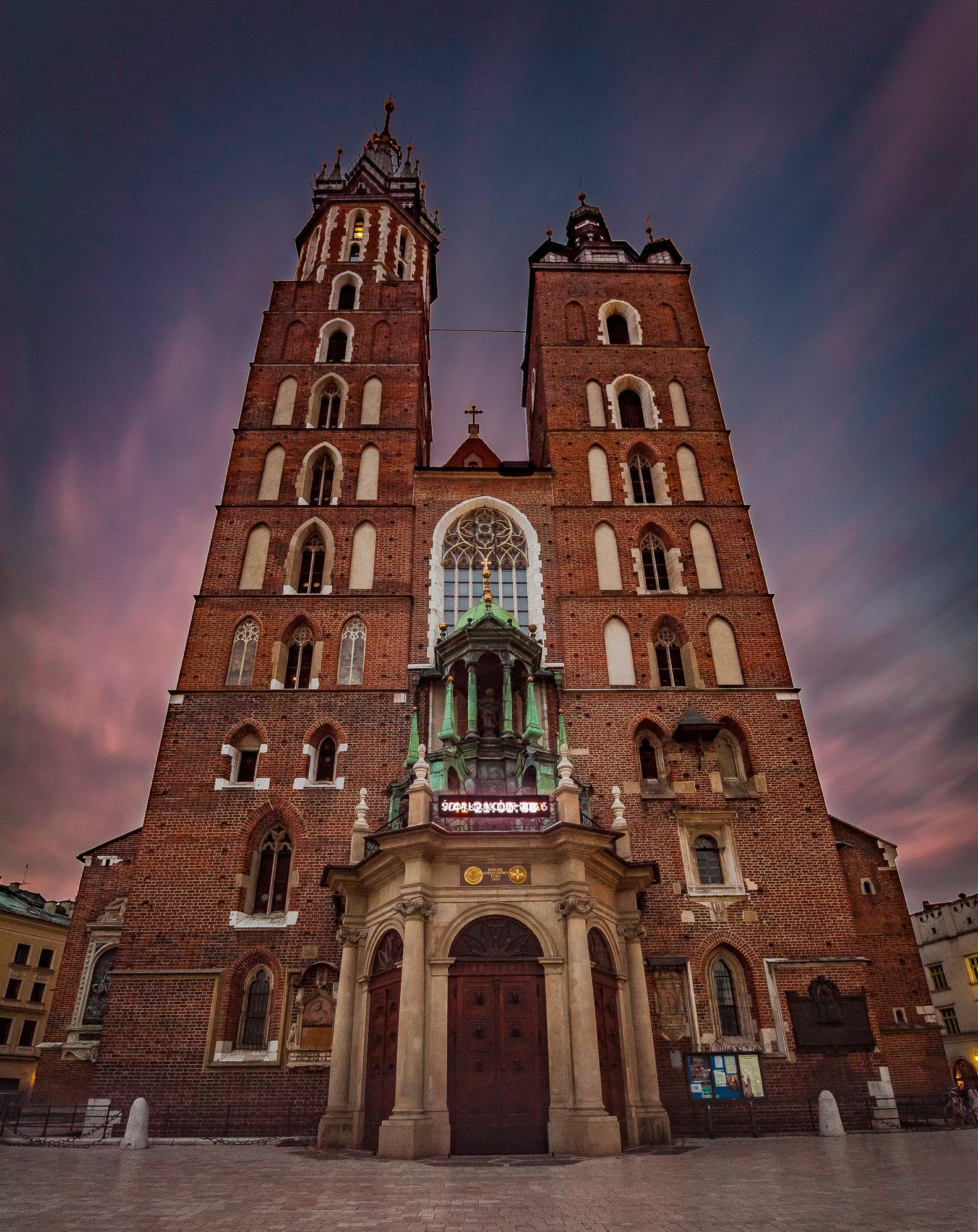 Mariacki Church-MASTER COPY.jpg