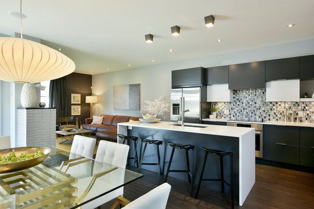 HN Homes Parkway Re-Shoot - Kitchen 001.jpg
