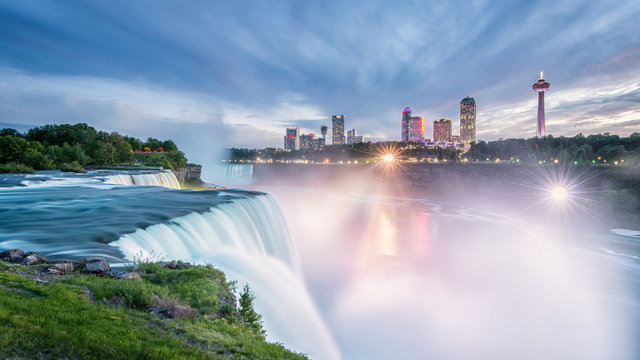 Niagara Falls at Sunset Hi Res.jpg