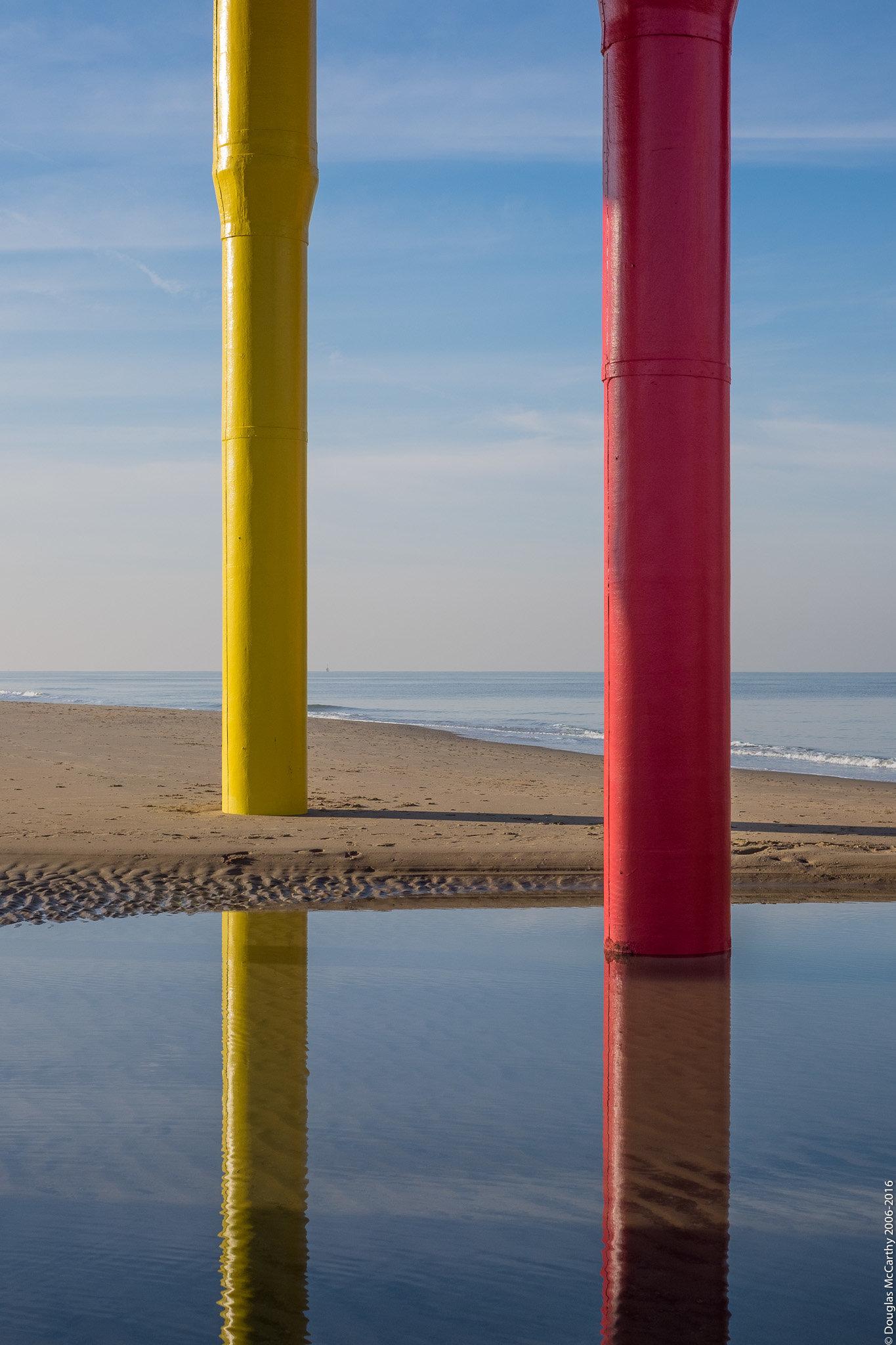Scheveningen Nordstrand (Yellow and Red)