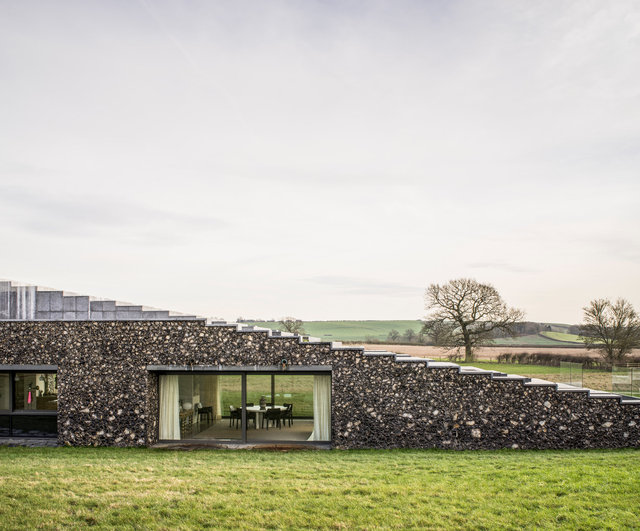 Flint House Waddesdon. Skene Catling de la Peña Architects