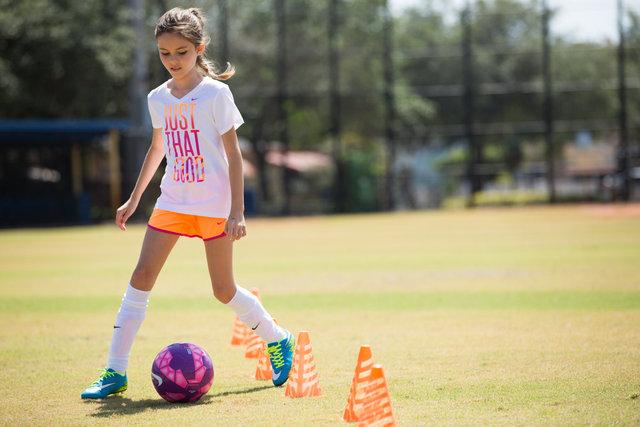 G_Nike_Soccer^15BTS_0036.jpg