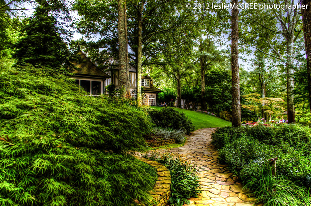 manorhouse1lr_tonemapped-2.jpg