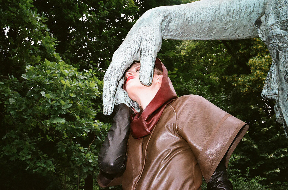 36_the tenderness of bronze, Berlin, 2012.jpg