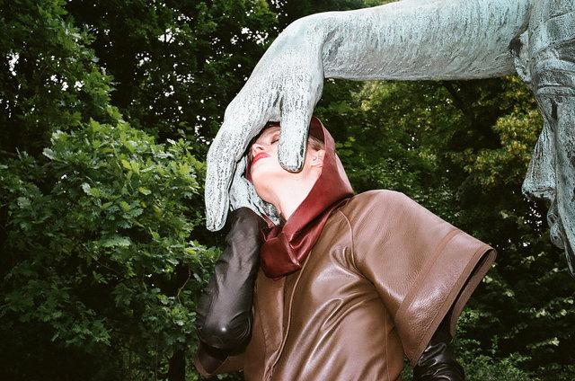36_the tenderness of bronze, Berlin, 2012.jpg