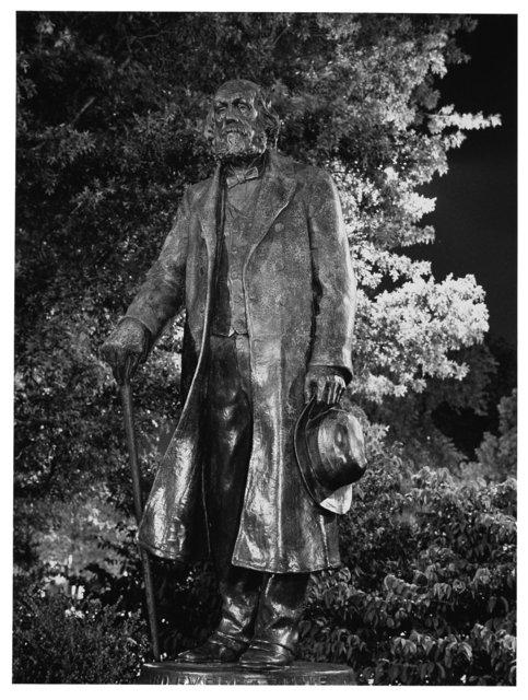 Statue  BPG 1.jpg