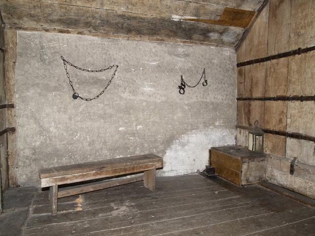 den haag - gevangenen poort kerker