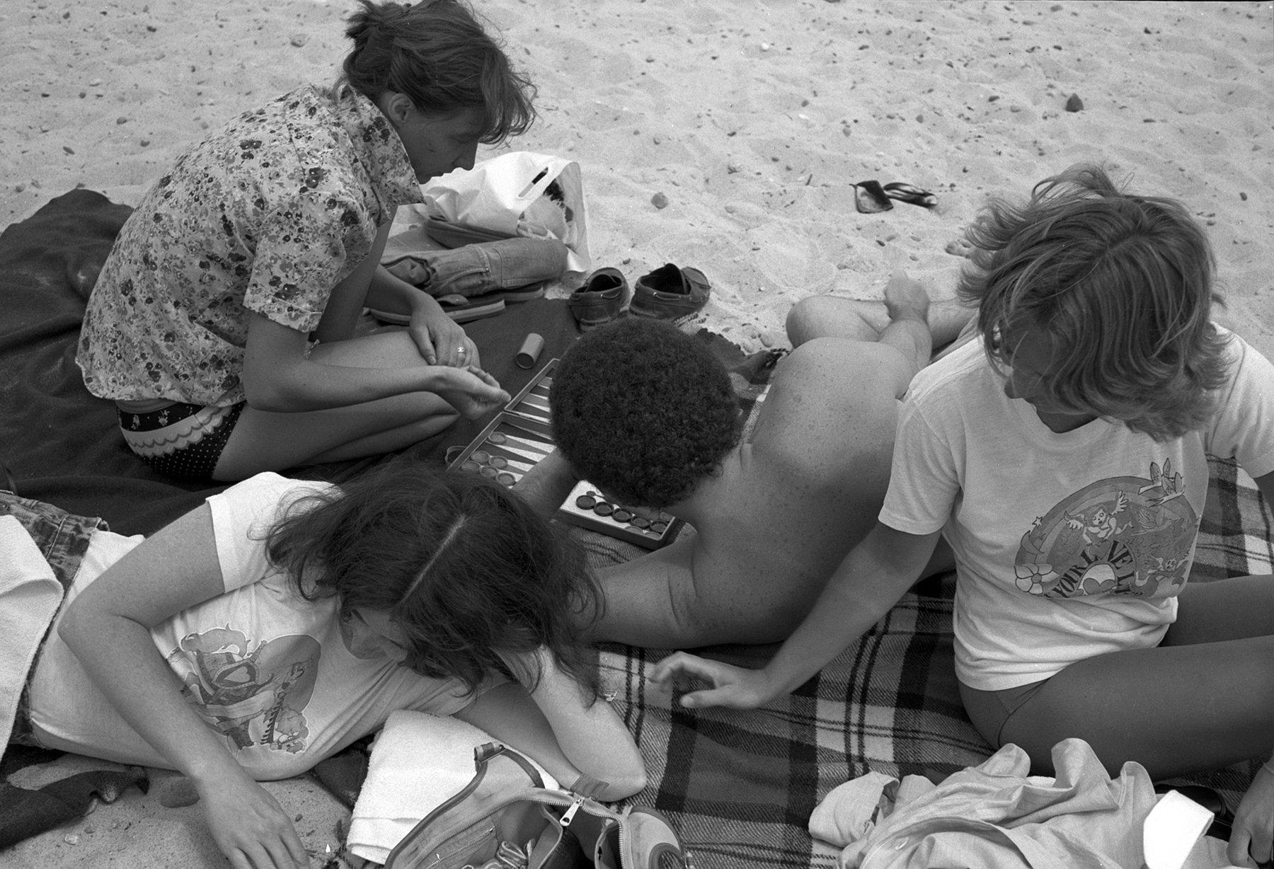 Beach 016.jpg