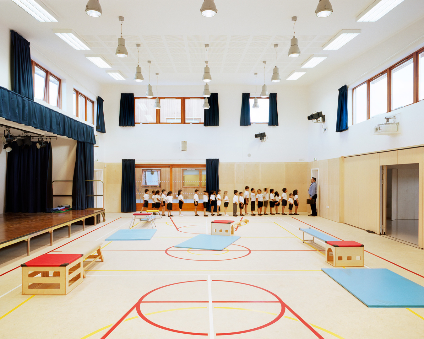 Krishna Avanti Primary School. Cottrell and Vermeulen Architects.