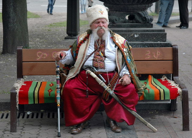 Yurko Dyachyshyn_(Benches)_244_resize.JPG