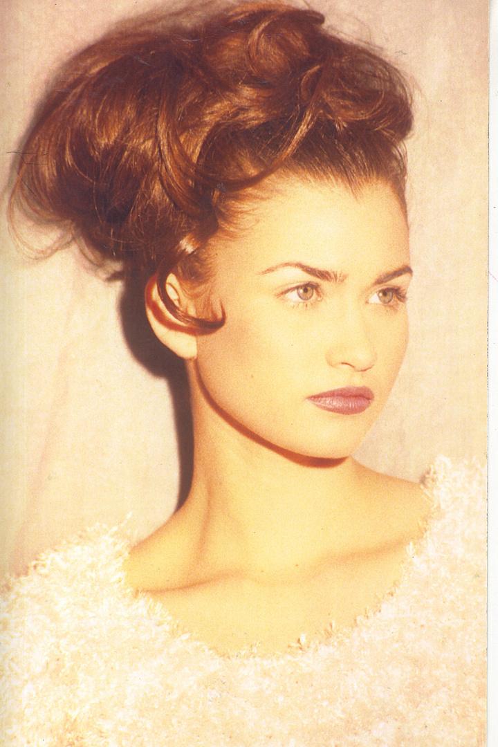 MISS COLUMBIA TEEN --   LAUREN HILL