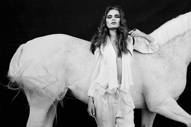 Kira & Horse_004.jpg