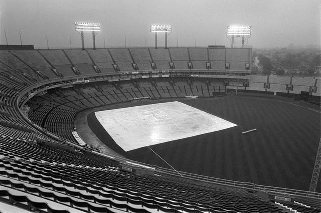Memorial Stadium in rain1024.jpg