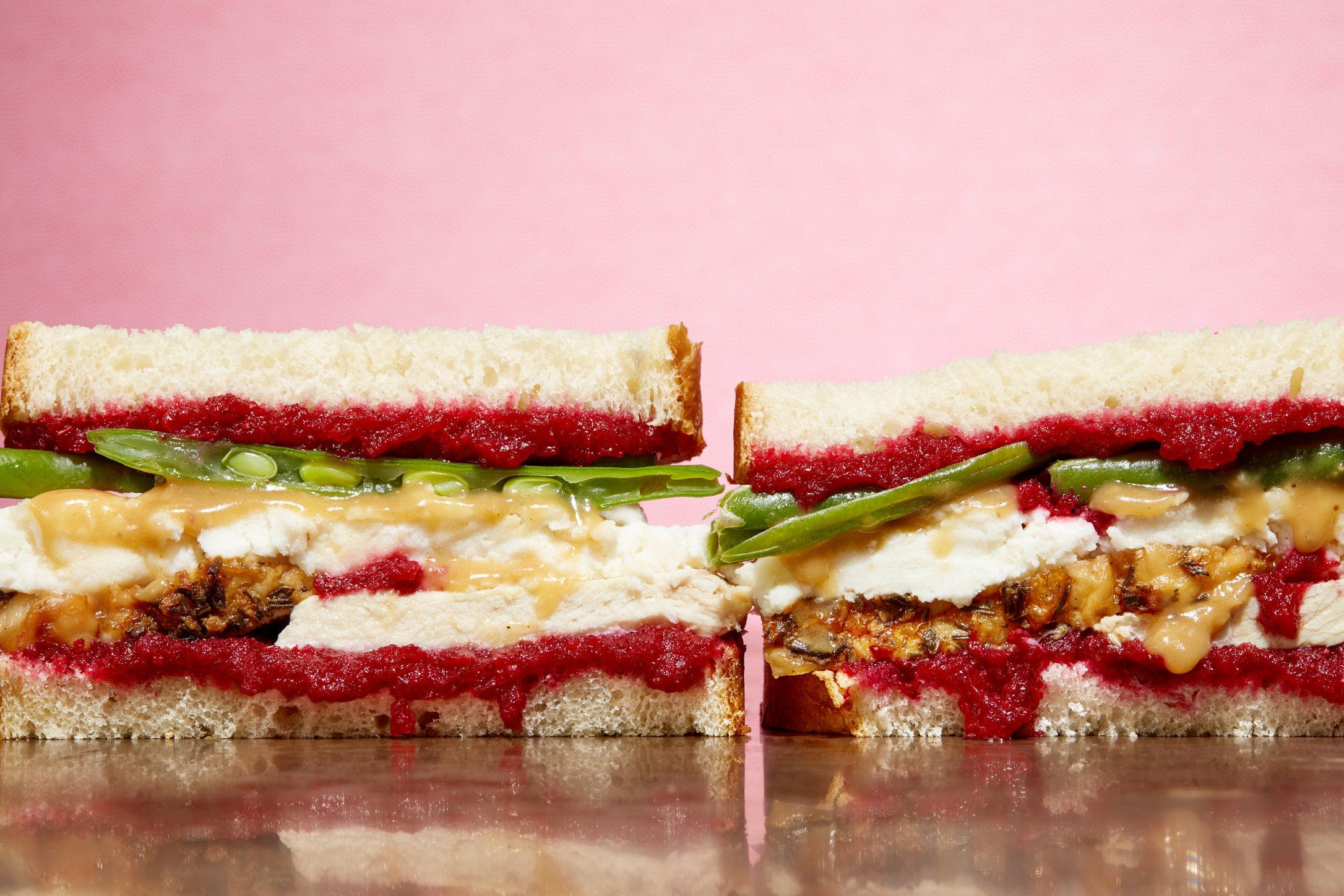 ep_11182015_thanksgivingleftovers_sandwich_CLEANED.jpg