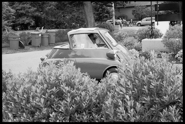 21BMW Isetta, Brookline, MA.jpg