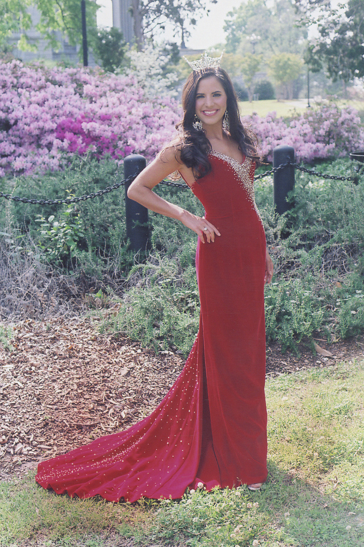 RACHEL STEWART the year she competed in the Miss South Carolina/America 07 pageant. =