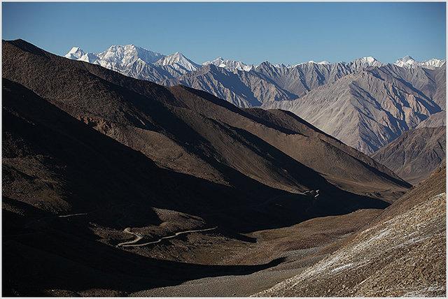 khardung la, north ascend