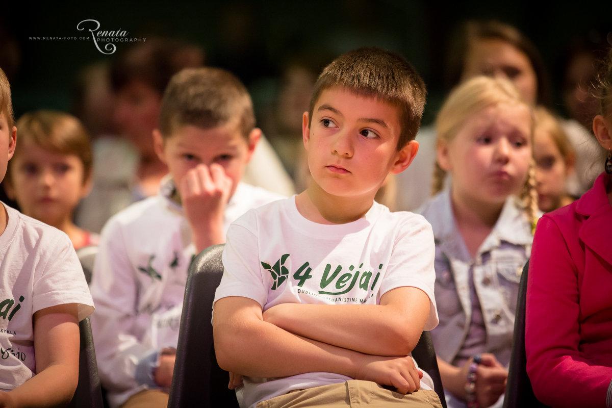045_4vejai_Lik sveika mokykla2014_web.JPG