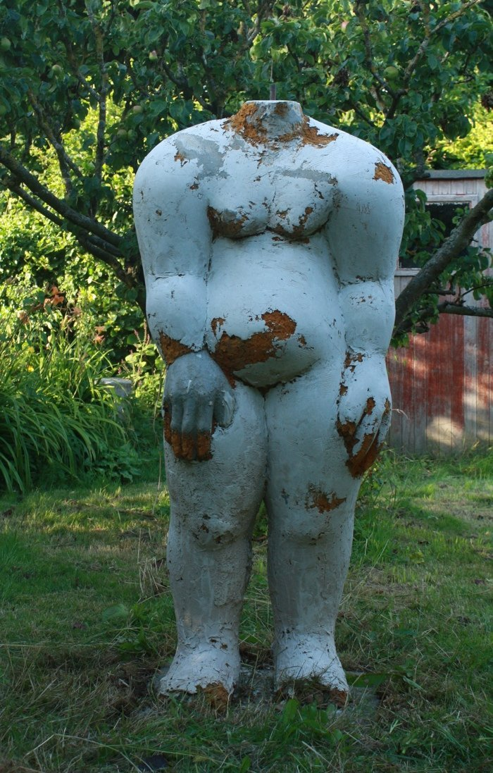 """Walinga Forward""  DUROX blocks with cement and doudafoam 2003 - 13, 150 cm tall"