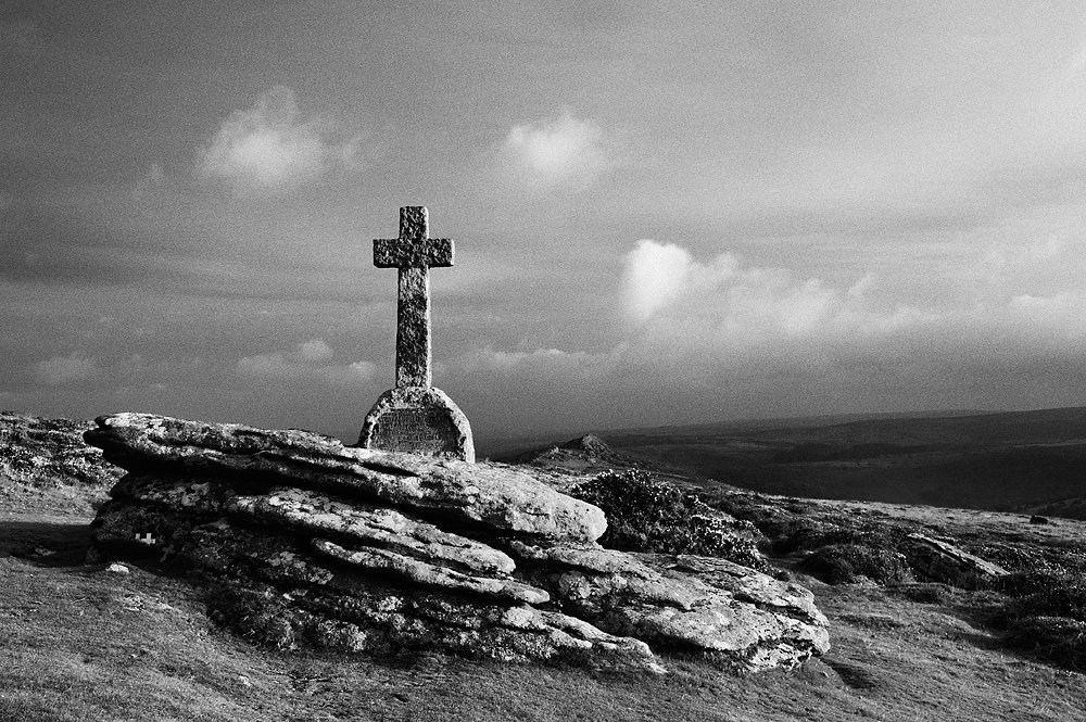 Memorial Near Sharp Tor