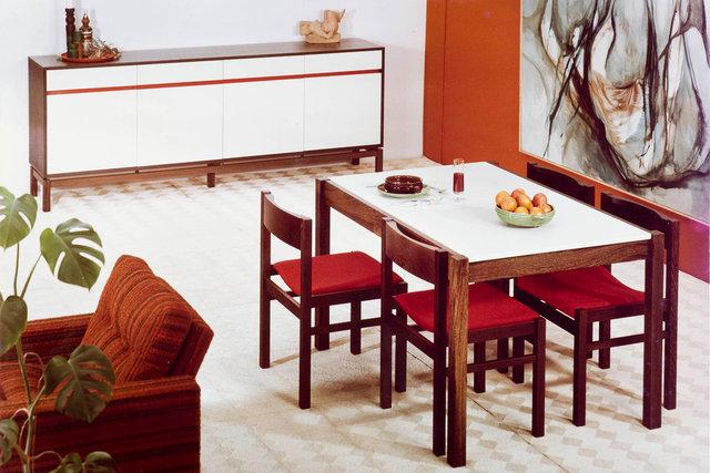 jaren '60 meubels in de studio op 13x18 kodak ektachrome