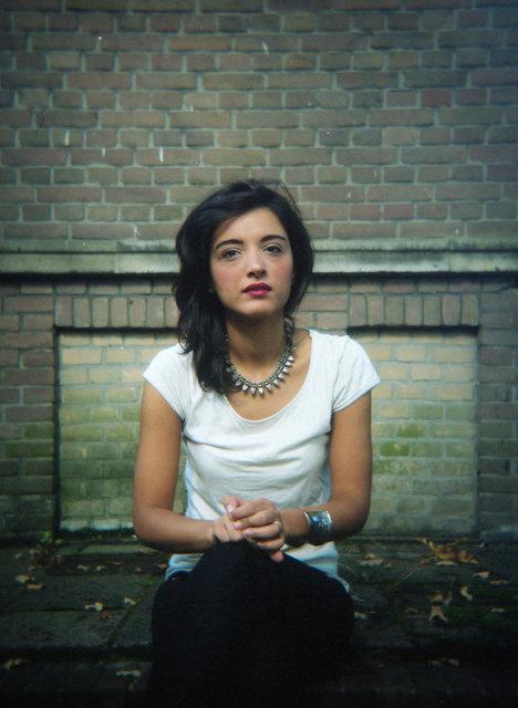 Ilaria, Leiden