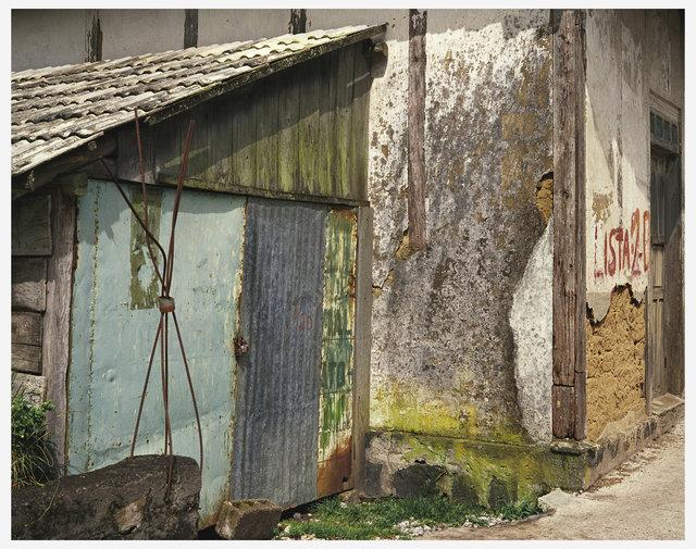 028  EWS  Banos Cropped Wall.jpg